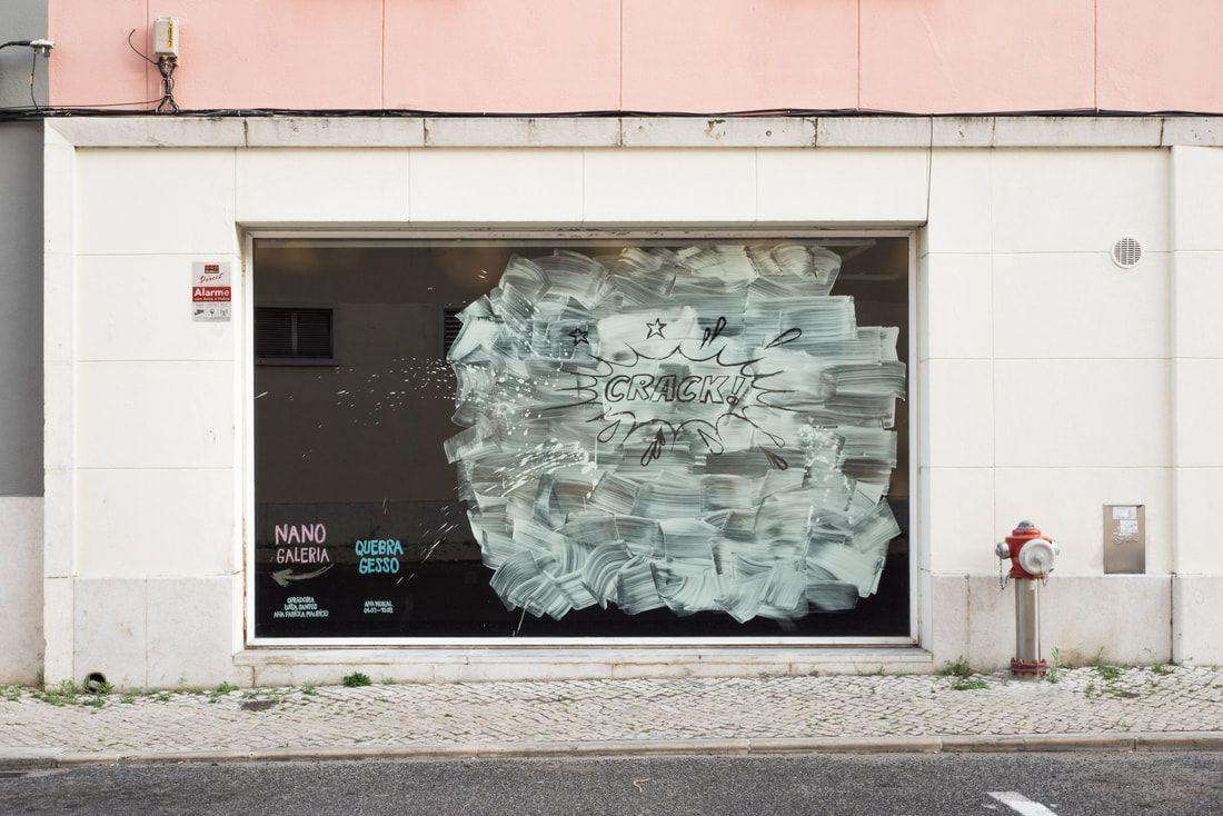 Nanogaleria Ana Vidigal Quebra Gesso (2019) installation shot